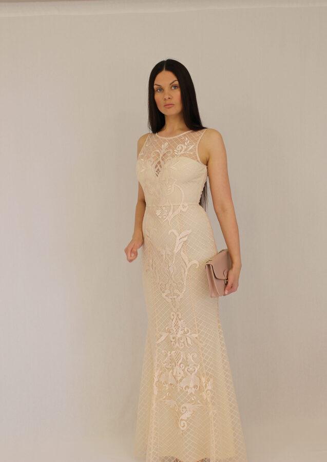 Ilga undinėlės formos suknelė